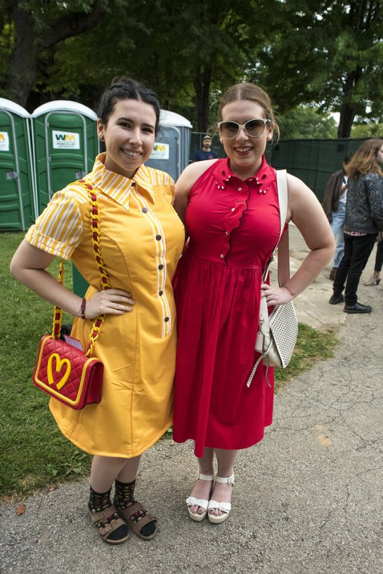 cd09b2fc8pitchfork-fest-fashion-1-crowd-fashion_pitchfork-day-1_july-15-2016_annie-lesser-22-mobile.jpeg